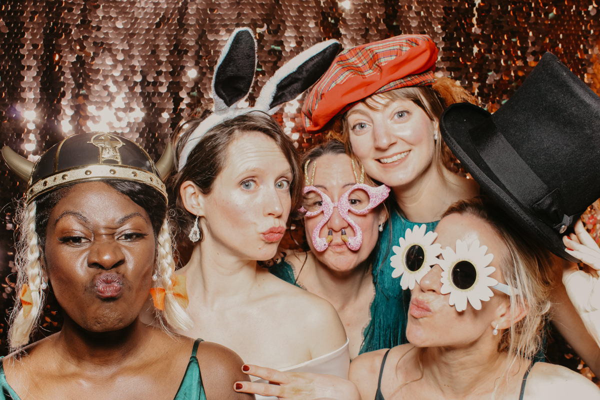 elmore court wedding photo booth